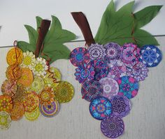 print little mandalas and draw with chromatic colors to create this grapes Fall Arts And Crafts, Autumn Crafts, Autumn Art, Group Art Projects, School Murals, Cd Art, 4th Grade Art, Collaborative Art, Fruit Art