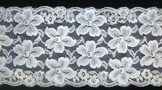 "pretty 5.25"" galloon lace http://www.warehousecraftsupplies.com/servlet/Detail?no=4463"