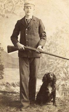 CABINET CARD,Vintage Photo,Man w/Rifle and Hunting Dog, Aberdeen, So Dakota