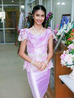 ชุดไทยรัชกาลที่ 6