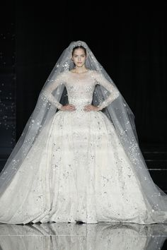 21 Fantasy Wedding Dresses From the Couture Runways  - ELLE.com