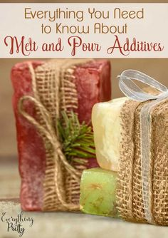 Your Guide to Melt and Pour Additives Looking for melt and pour soap ideas? Learn about the different melt and pour additives that you can add to your pour and melt soap. Melt and pour soap diy is easy to make in about 10 minutes. You can add several di Handmade Soap Recipes, Soap Making Recipes, Handmade Soaps, Diy Soaps, Diy Soap Tea, Tea Tree Oil Soap, Perfume Versace, Perfume Calvin Klein, Soap Melt And Pour