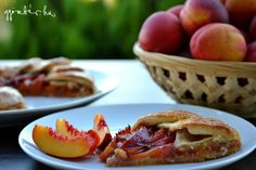 Kopasz barackos vagy nektarinos galette , azaz nyitott pite