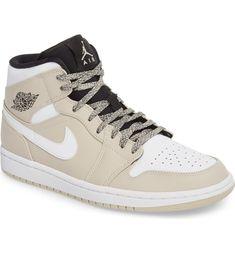 Air Jordan 1 Mid  Sneaker 16e73b45e0c8c