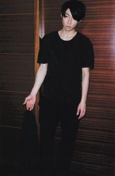 相葉雅紀 aibamasaki Really Funny, Normcore, Guys, Celebrities, People, Music, Angels, Image, Musica