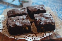 When you bake brownies, they should be intensely chocolatey, totally Gooey, bordering on under cooked when you take them out of the oven. The great thing about all brownie recipes is that you can c. Gooey Brownies, Gluten Free Flour, Brownie Recipes, White Chocolate, Sweet Treats, Oven, Baking, Desserts, Food