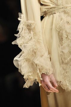 metamorphosis-style:    Laura Biagiotti Fall 2011