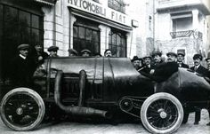 Built in the winter of 1910/11 by Fiat to take on the Blitzen Benz, it featured a four cylinde 28.3 litre engine (190x250mm). Two of these cars were built. Number 1 was purchased by the Russian Prince Boris Soukhanov late 1911, but after the Russian revolution it went to Australia where it was fitted with a Stutz engine until it was crashed in 1924. Number 2 was retained by Fiat, but was scrapped in 1920, only the engine being kept.