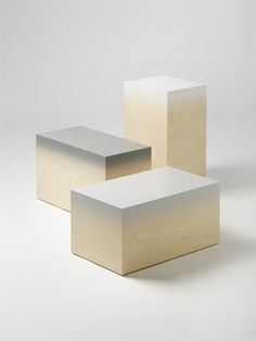Ombré colors on raw wood. Espace Design, Exhibition Display, Low Tables, Displaying Collections, Big Game, Wood Blocks, Concrete Blocks, Retail Design, Jewellery Display