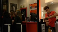 Un momento antes de que las voces del mejor gospel inunden El Barbero de Sevilla y el resto de  la calle. Empresa ganadora en la categoría de 'Empresas de nueva creación y emprendedores'. Selfie, Beehive, Barbers, The Secret, The Voice, Street, Selfies
