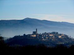 Panoramica su Poppi, provincia di #Arezzo. #Tuscany #Italy #castle