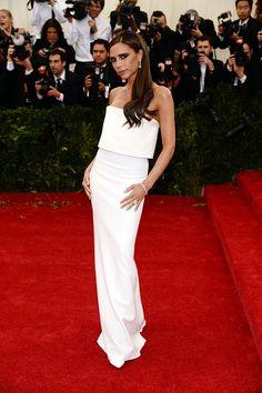 Gala MET .- Victoria Beckham, en un look de su firma.