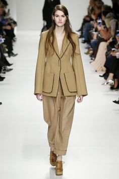 Natural fabrics give a bygone feeling to this boyish tailored suit seen at #Sportmax #MFW #AW15