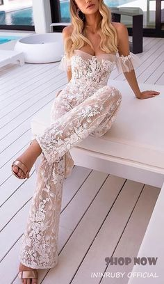 Fashionable Pure Color Open Shoulder Jumpsuit Fashionable Pure Color Open Shoulder Jumpsuit Ilona Schmitt Kleidung There are a lot of sexy fashion design jumpsuits evening nbsp hellip Wedding ideas Top Wedding Dresses, Wedding Dress Trends, Wedding Gowns, Prom Dresses, Lace Dresses, Wedding Lace, Rustic Wedding, Modest Wedding, Bride Dresses