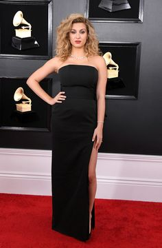 97465fdaeb3 200 Best Grammy Awards Fashion images in 2019 | Celebs, Cute dresses ...
