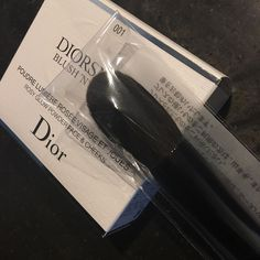 Ready to ship : #dior snow bloom and #chikuhodo Z4