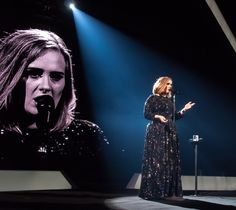 Adele Photobombs Fan During Her Manchester Concert Celebrity Gossip, Celebrity Women, Adele, Manchester, Tours, Entertaining, Fan, Selfie, Belfast
