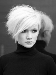Taglio capelli corti donne 2014 viso tondo