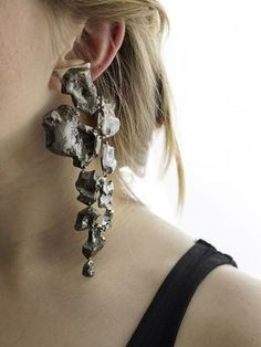 Odette Channell, Landslide, 2014, ear cuff, sterling silver, copper, 5.5 x 2.5 x 0.25 inches, photo: Lauren Fiascorano