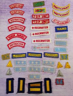 b9f27b89df Large Mixed Lot 43 Vintage Boy Cub Scout BSA Strip Patches Stars Arrows Top  Unit Vintage