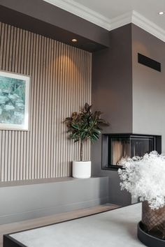VI LISTER HUSET SELV! - Deco Systems Wood Slats, Living Room With Fireplace, Office Interiors, Cozy House, My Dream Home, Color Inspiration, Foyer, Villa, New Homes