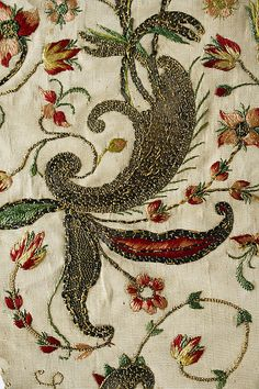 Stomacher, 1700-1750, French?, silk+gold