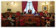 La Regidora d'Igualtat, M. José Malonda, i l'Alcaldessa, Oro Azorín, assitixen a la reunió amb el Secretari Autonòmic d'Igualtat, Alberto Ibáñez.