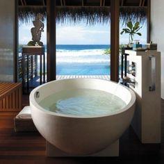 A soup bowl bath tub, how fun