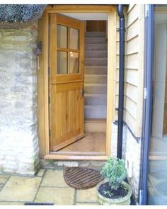 Solid Oak Traditional External 4 Panel Stable Door The 4 Panel Stable Solid Oak Door is a popular design, adding charm and character to country properties, cottages and more contemporary dwellings alike. The 4 Back Doors, Entry Doors, Door Protection, Solid Oak Doors, Grill Door Design, Cottage Door, The Door Is Open, French Doors Patio, External Doors