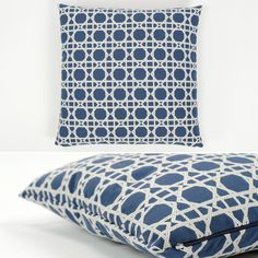 Capa de Almofada Labirinto Geométrico Azul 50 x 50 cm | A Loja do Gato Preto | #alojadogatopreto | #shoponline | referência 12668502
