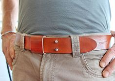 Jesse—founder of Oopsmark and inventor of the bicycle wine rack—started out making custom belts for people sick of having belts that never fit quite right (either not enough holes or that awkwardly long dangling flap when they'd dropped a kilo). Soon Jesse was thinking up ways to create a belt that would have the look of a custom made belt, but still be adjustable for every user. The result? The everyday belt (named because once you try it, you