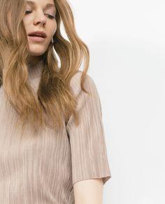 HIGH NECK T-SHIRT | ZARA saved by #ShoppingIS
