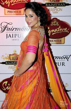 Hot Or Not? Sameera Reddy in Neeta Lulla at Rajasthan Fashion Week | MissMalini