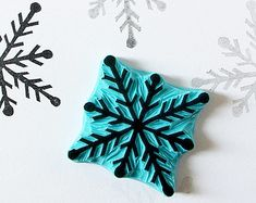 Snowflake stamp - hand carved rubber stamp - Christmas decor