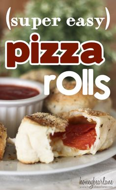 Super easy pizza rolls -these look great! #recipes #dinner