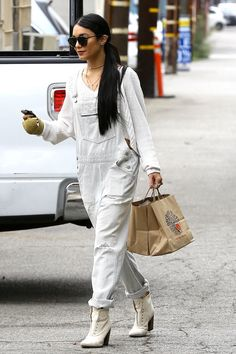 Vanessa Hudgens out in Studio City (Aug. 21)