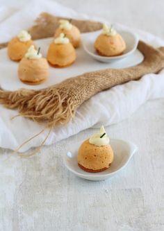 Un aperitivo muy rica y fácil de hacer y en el microondas en tamaño bocado en 2 minutos los tenemos preparados, te animas??? ...