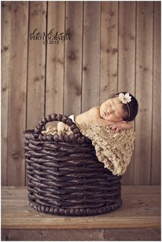 infant photography prop ideas | http://bruisesandbandaids.com