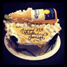For the man that loves beer Corona Cake, 40th Birthday Cakes For Men, Beer Cakes, Cake Tower, How To Make Beer, Diy Cake, Cake Pops, 30th, Cake Recipes