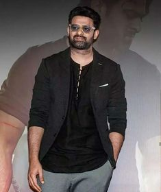 Mail Writing, Prabhas Actor, Prabhas Pics, Actor Photo, Die Hard, Hd Wallpaper, Beautiful Pictures, Celebs, Actors