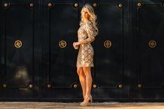 Marina Casemiro, look da noite, vestido dourado, manga longa, detalhe decote costas, clutch, salto nude, festa, party, noite, amarena, ribeirão preto, fashion blogger -11