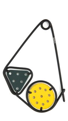 LOEWE Oversize Meccano safety double pin with metal and leather components. Dark Green / Yellow smooth calf. 13,5 x 1 x 10,5 cm LOEWE meccano
