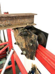 Gantry Crane, Cross Beam, Metal Bending, Farm Store, Farm Tools, Lift Heavy, Metal Fabrication, Welding Projects, Workshop