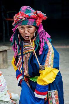 Lahu woman, Yunan, China, Foto de Nick Mayo, RemoteAsiaPhoto en Flickr