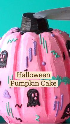Bolo Halloween, Halloween Baking, Halloween Desserts, Halloween Cakes, Halloween Treats, Halloween Pumpkins, Cute Desserts, Delicious Desserts, Yummy Food