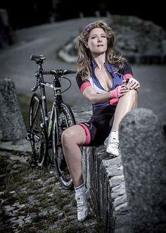 emily batty pro mountain bike olympian cycling. Black Bedroom Furniture Sets. Home Design Ideas