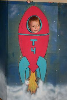 Rocket ship party photo booth, turned thank you cards. Rocket Ship Party, Rocket Birthday Parties, Outer Space Party, Helium Balloons, Space Theme, Space Crafts, T 4, Cool Things To Make, Photo Booth