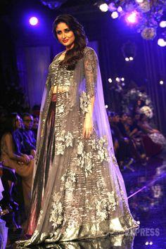 Kareena Kapoor donned a metallic purple lehenga with grey shades at the Lakme Fashion Week Winter/Festive 2014 finale. Indian Bridal Lehenga, Indian Sarees, Lakme Fashion Week, India Fashion, Women's Fashion, Pakistani Outfits, Indian Outfits, Indian Clothes, Fashion Designer