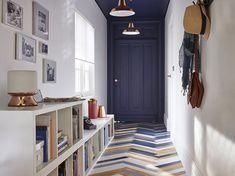 L'architecte d'intérieur Sophie Ferjani inaugure en avril une nouvelle émission sur M6 ! Redesign, sauvons les meubles verra deux équipes de designers...