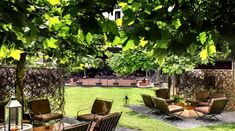 Book Bulgari Hotel Milano in Brera for best available rates at UrbanBooker, the verified luxury hotel collection. Bulgari Hotel Milan, Bvlgari Hotel, Spa Weekend, Outdoor Furniture Sets, Outdoor Decor, Outdoor Seating, Architectural Digest, Landscape Architecture, Beautiful Gardens